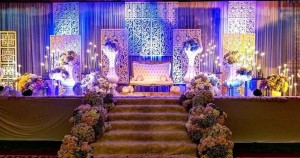 pakej pelamin perkahwinan ang luas melintang